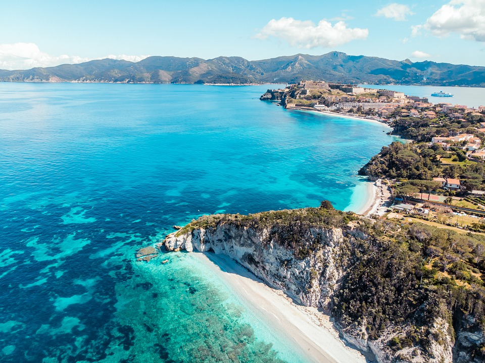 Island of Elba: where the sea meets the legend
